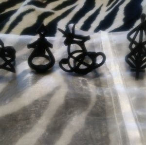 Lot of 4 Rogue and Wolfe rings